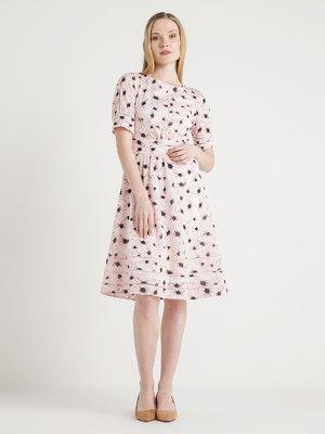 Платье цвета пудры | 4012168