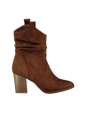 Жіноче зимове взуття - інтернет-магазин взуття LeBoutique Київ ... ad918cfac40f3