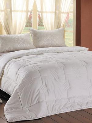 Одеяло полуторное (145х205 см) | 4133420