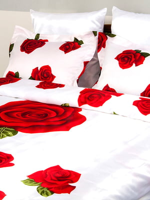 Комплект постельного белья двуспальный (евро) | 4141652