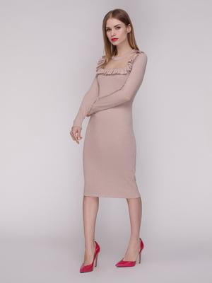 Сукня кольору персик | 4133765