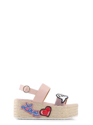 Босоножки розовые с аппликациями | 4084988