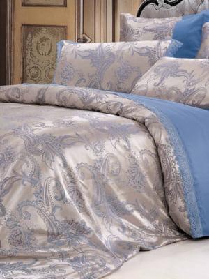 Комплект постельного белья двуспальный (евро) | 4204330
