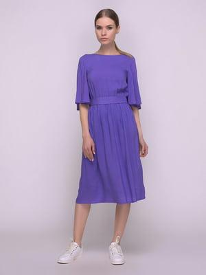 Сукня кольору ультрафіолету з вирізом на спинці   4169323