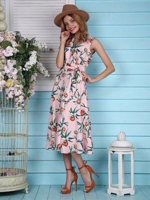 Платье персикового цвета с цветочным принтом   4389085