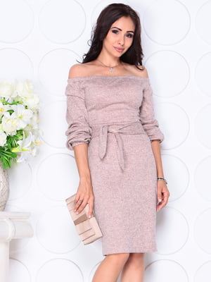 Платье персикового цвета | 4419737