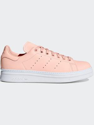 Кроссовки персикового цвета   4458000