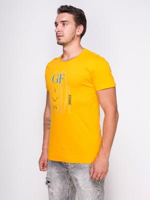 Футболка желтая с принтом | 4462996
