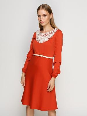 Платье терракотовое с кружевной отделкой   4492652