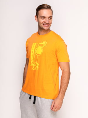 Футболка помаранчева з принтом | 4495544