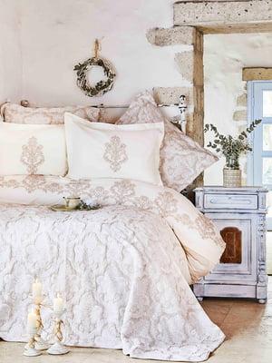 Комплект постельного белья двуспальный (евро) с покрывалом | 4601933