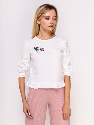Блуза белая с аппликациями   4563287