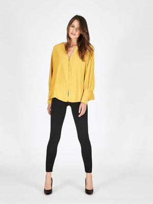 Блуза горчичного цвета в принт   4652653