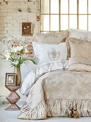 Комплект постельного белья двуспальный (евро)   4601954