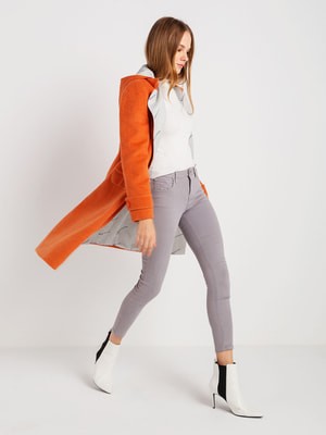 Пальто абрикосового кольору   4715186