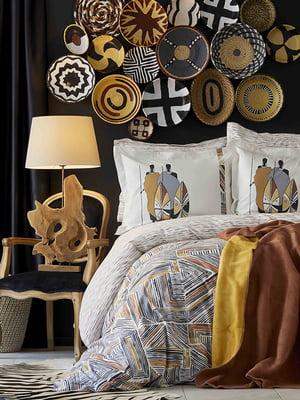 Комплект постельного белья двуспальный (евро) с покрывалом | 4735996