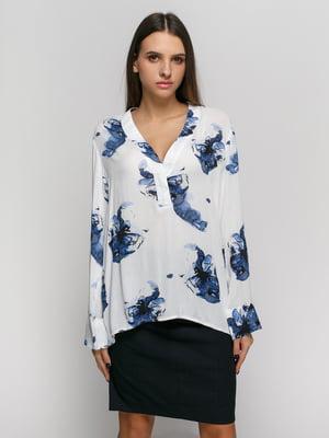 Блуза белая с цветочным принтом | 4777622