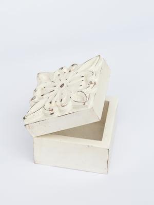 Шкатулка деревянная с резной крышкой (10х10х10 см) | 4809309