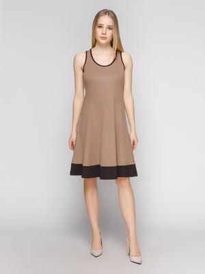 Платье бежевое с отделкой черного цвета | 475061