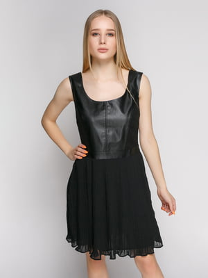 Платье черное комбинированное с юбкой-плиссе | 330807