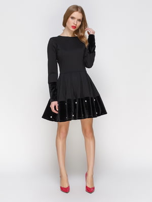 Платье черное с жемчугом | 2877952