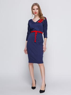 Платье темно-синее с аппликацией и поясом | 3486513