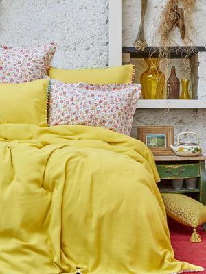 Комплект постельного белья двуспальный (евро) | 4897897