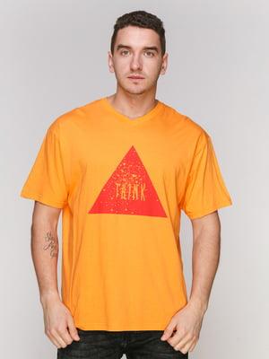 Футболка помаранчева з принтом | 4854878