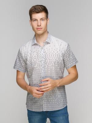 Рубашка светло-серая в принт | 5086487