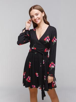 Платье черное в цветочный принт | 4873459