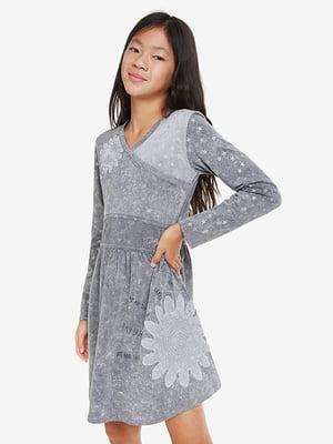 Платье серое в принт | 5170125
