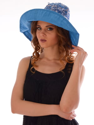 Шляпа голубая с принтом | 5363181
