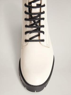 Ботинки кремового цвета | 5370055