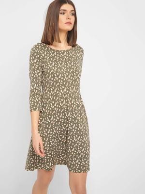 Платье цвета хаки с цветочным принтом | 5368743