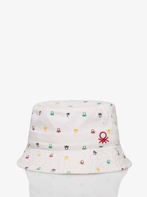 Шляпа белая в принт | 5371388