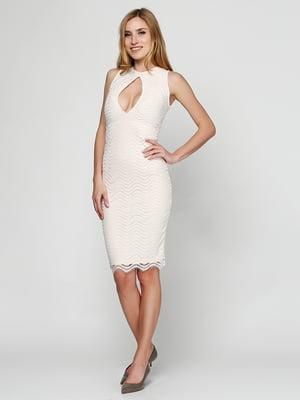 Сукня персикового кольору | 5399390