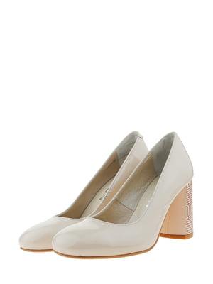 Туфлі бежевого кольору | 5422058