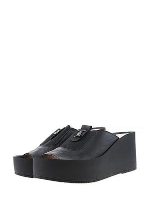 Шльопанці чорного кольору | 5422560