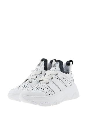 Кроссовки белого цвета | 5436337