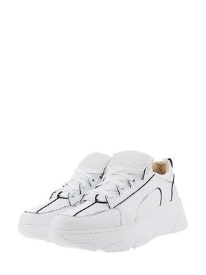 Кроссовки белого цвета | 5436341