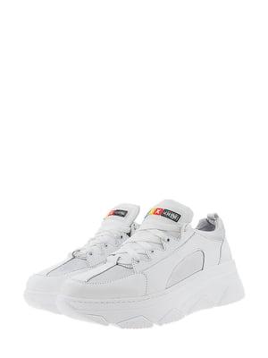 Кроссовки бело-серого цвета | 5436342