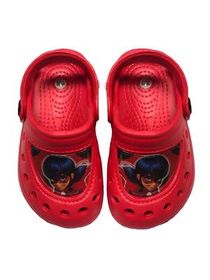 Шлепанцы красные с принтом | 5439346