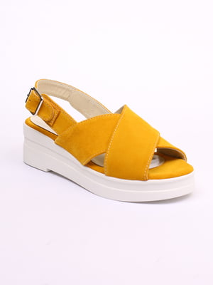 Босоножки желтого цвета   5441248