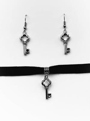 Набір: чокер і сережки | 5441606