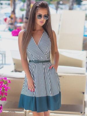 Платье изумрудного цвета в полоску | 5464337