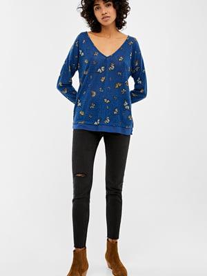 Пуловер синий в принт | 5474439