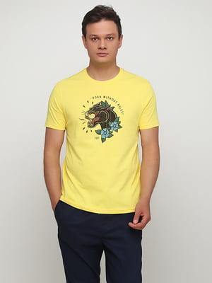 Футболка желтая с принтом | 5477336
