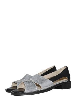 Босоніжки сріблясто-чорного кольору | 5484725