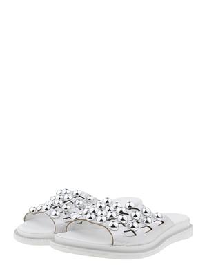 Шльопанці сріблястого кольору | 5479552