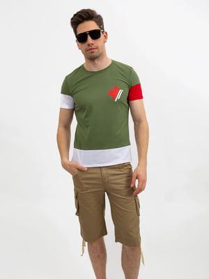 Футболка зеленая в принт | 5501126